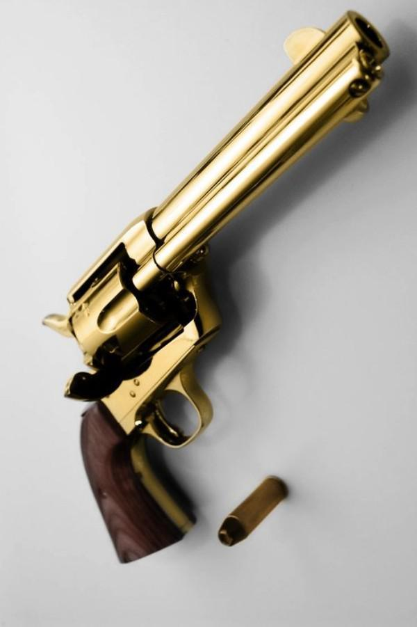 Altın Kaplama Uzun Namlulu Silah