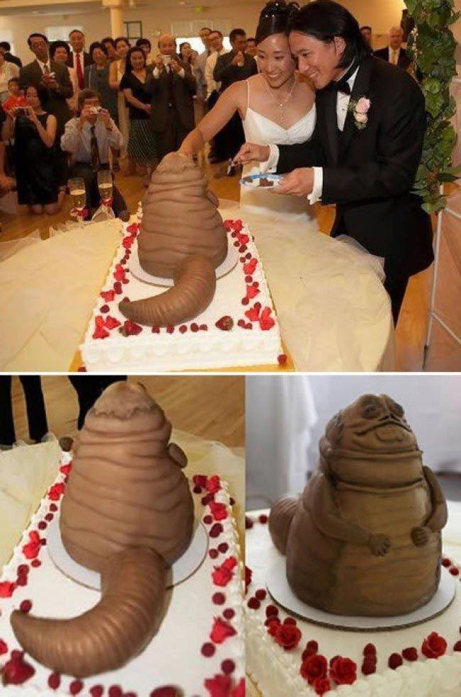 Bok şeklinde düğün pastası