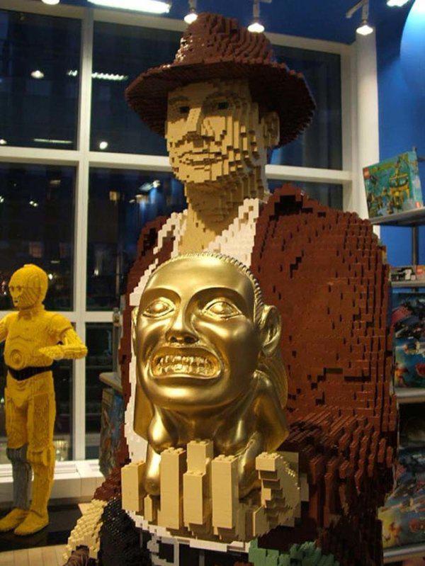 Lego'dan Indiana Jones çalışması