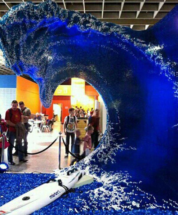 Lego'dan inanılmaz dalgalar