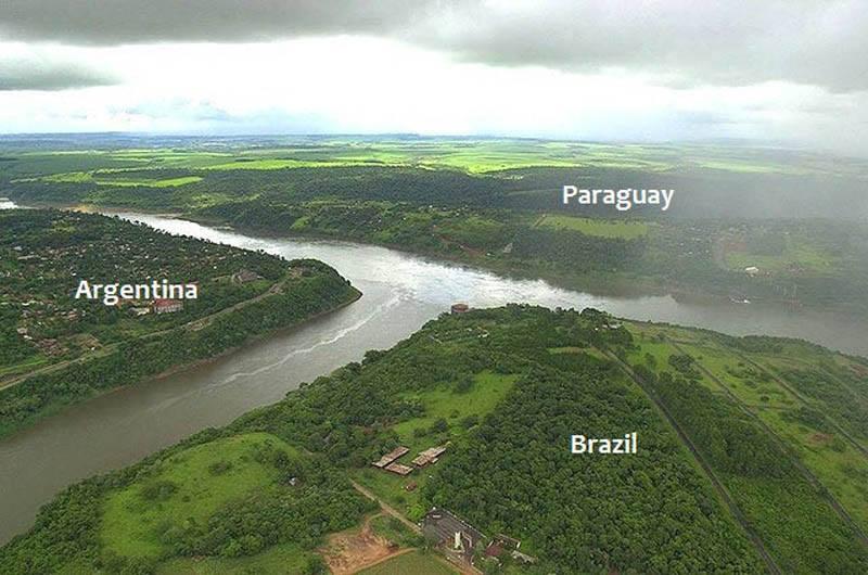 Paraguay Brezilya ve Arjantin Sınırı