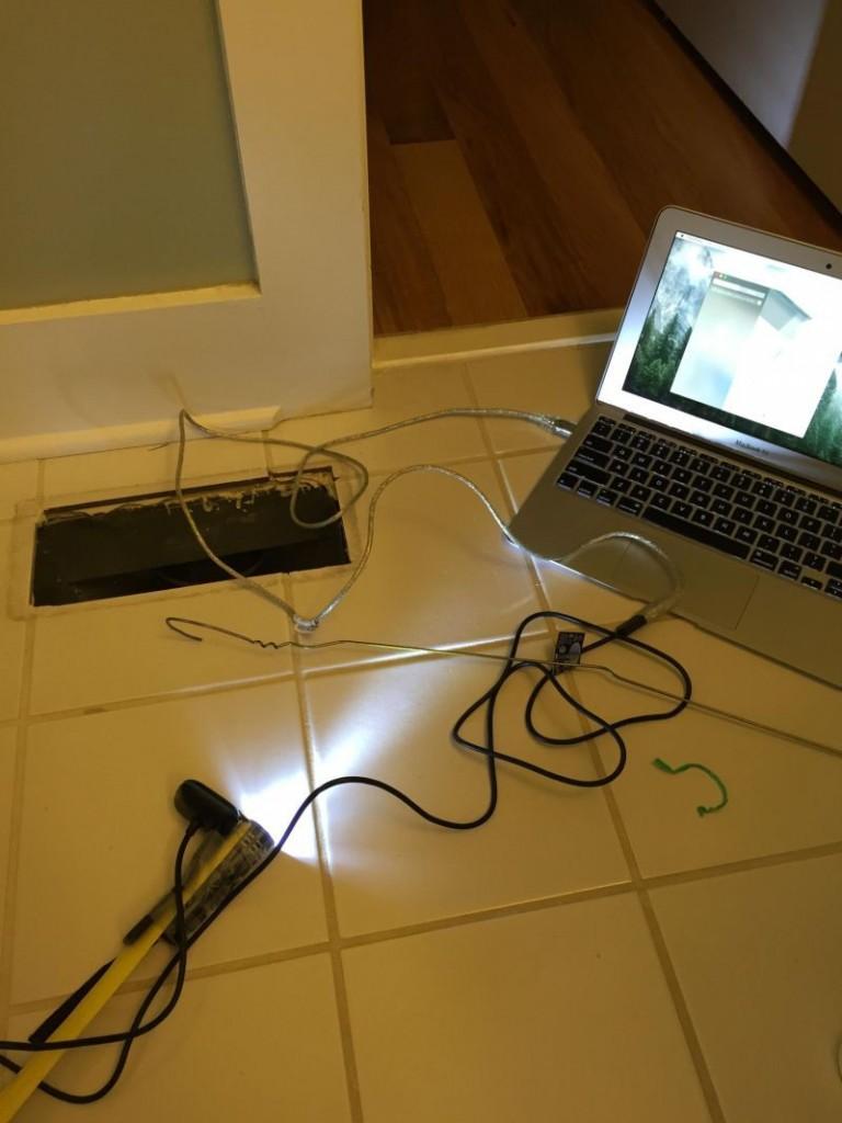 Kaybolan yüzüğü webcam ile buldu