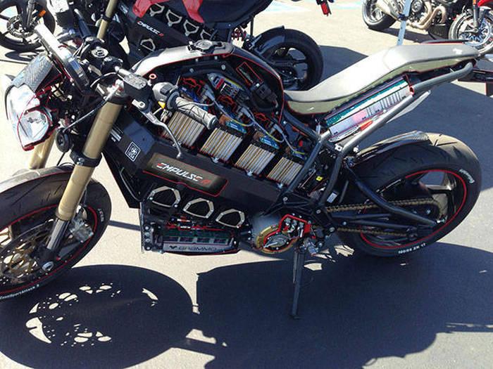 Elektrikli Motosiklet Yarısı
