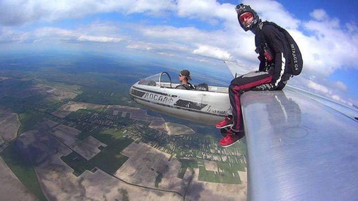 Paraşütle Atlamanında Bir Adabı Var