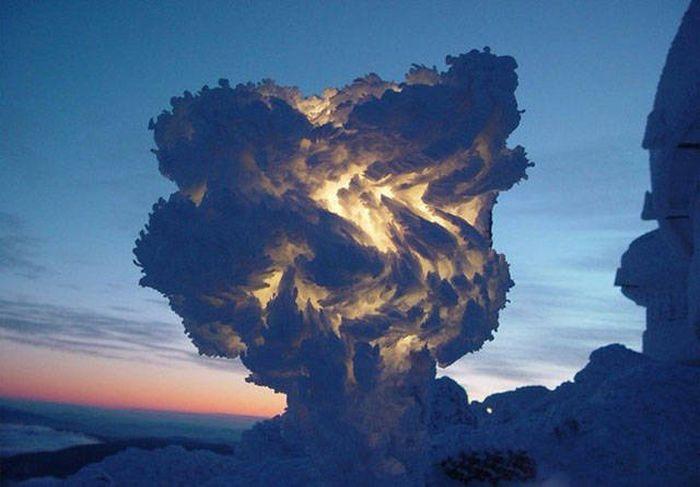 Gökyüzünde Böyle Bir Bulut Görseniz Ne Yaparsınız?