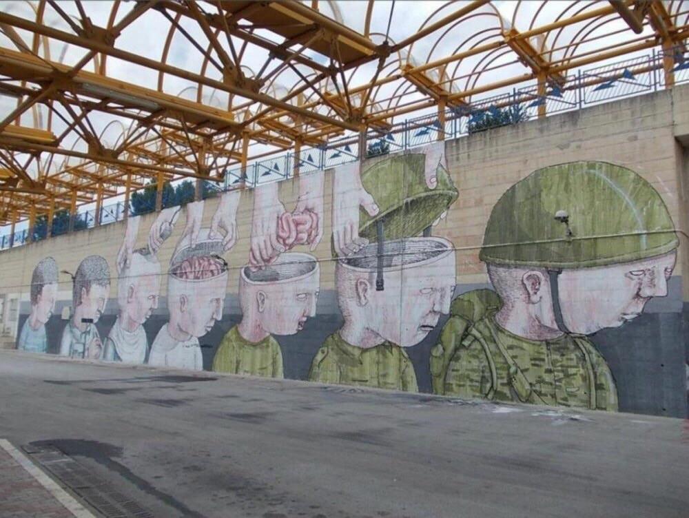 Savaşa Karşı Yapılmış Duvar Resimleri