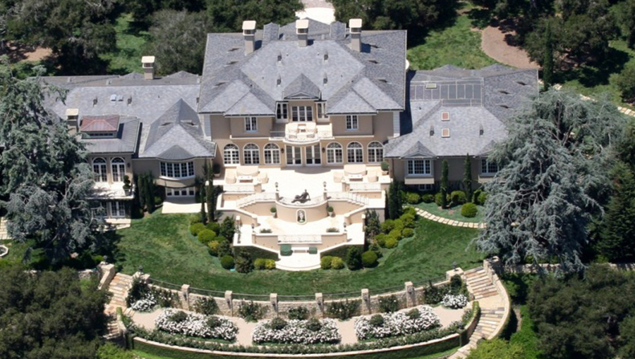 Oprah Winfrey Hause, worth $2.8 billion