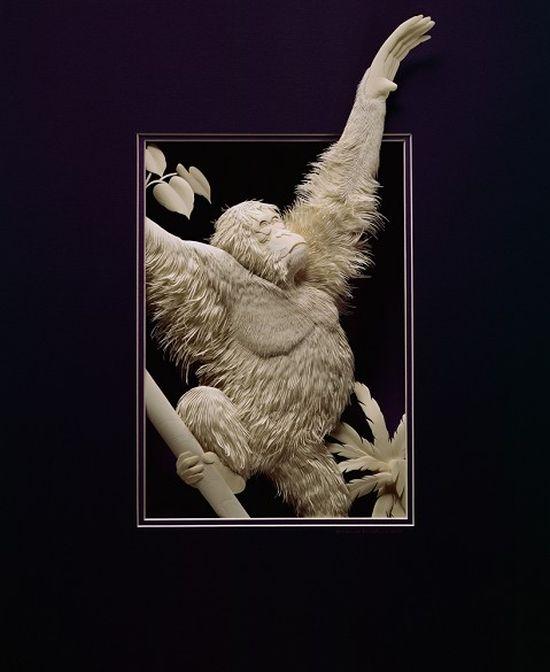 CALVIN NICHOLLS Kağıttan Orangutan Heykeli