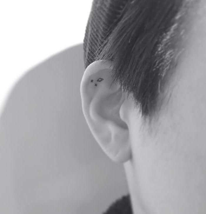 Kulak İçersine Dövme